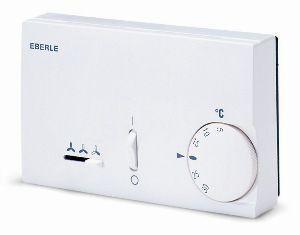 Терморегулятор автоматического управления 2-х трубными фанкойлами и сплит-системами с реверсивным клапаном.